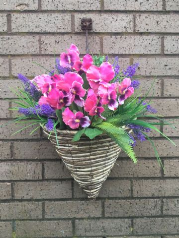 Winter Pansy wall mounted basket - Pink Pansy & Purple Heather